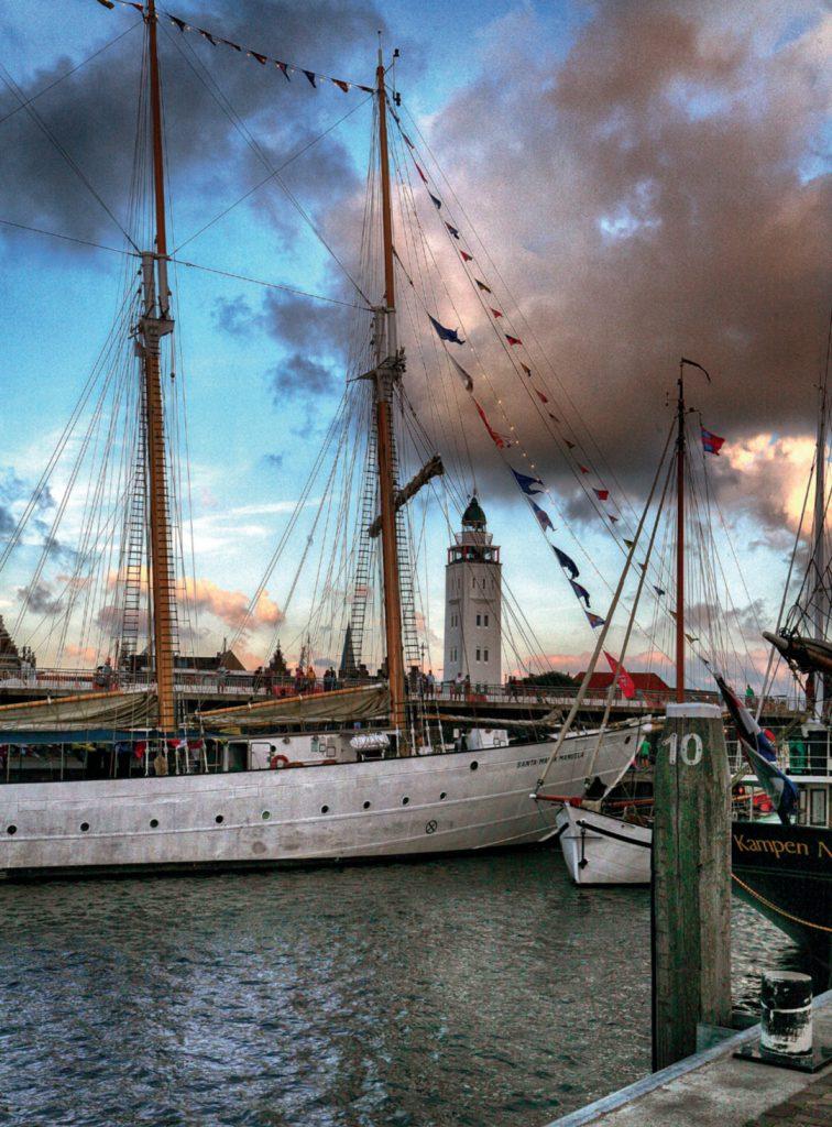 Tall Ships en Harlinger vuurtoren